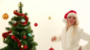 Woman pretending to be Santa posing for cameras. Playing Santa. — Stock Video