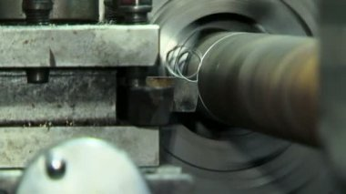 Turn bench cutting metal. Cutting metal. — Stock Video
