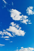 Clouds against a blue sky — Stock Photo
