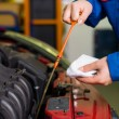 Oil pressure is measured in the car — Stockfoto #15564563