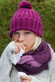 Woman has a cold and has a cold — Stock Photo