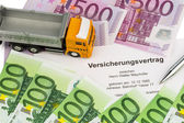 Vertsicherungsvertrag for new trucks — Stock Photo