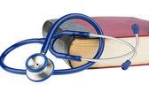 Książki i stetoskop — Zdjęcie stockowe