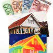Save energy. house with thermal imaging — Stockfoto