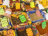 Variety of spices on the market — Stock Photo