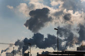 Industry chimney with exhaust gases — 图库照片