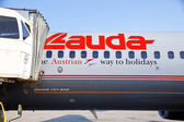 Plane of lauda-air (aua) — Stock Photo