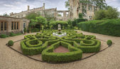 Sudeley Castle garden — Stock Photo
