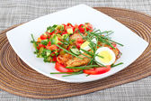 Salad with grilled chicken  — Stock Photo