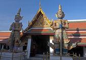 Demon Guardians in Wat Phra Kaeo - Bangkok — Stock Photo
