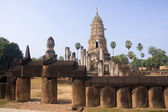 Entrace to old temple in Si Satchanalai - Chaliang  — Stock Photo