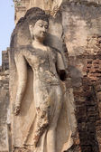 Old statue in a temple in Si Satchanalai - Chaliang — Stockfoto