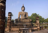 Seated buddha statue in Sukhothai — Stock Photo