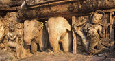 Statues of elephants in Sukhothai — Stockfoto