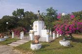 Sukhothai bir parkta Kral heykeli — Stok fotoğraf