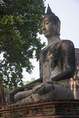 Buddha statue at Wat Mahathat in Ayutthaya — Stock Photo