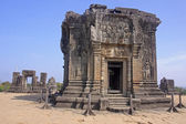 Phnom Bakheng - One of the temples around Angkor Wat — Stock Photo