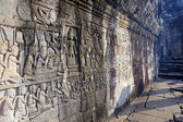 View bas-reliefs on the walls of the temple of Bayon — Stock Photo