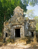 Entrance to one of the old temples — Foto de Stock