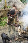 Krieger eines papua stammes in tracht und färbung — Stockfoto