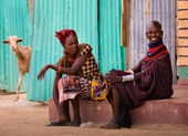 Turkana woman in traditional clothes — Stock Photo