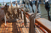 Ropes on a sailboat — Stock Photo