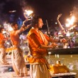 A Hindu priest performs the Ganga Aarti ritual in Varanasi. — Stock Photo