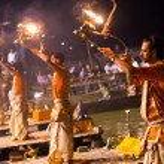 A Hindu priest performs the Ganga Aarti ritual in Varanasi. — Stock Photo #35326303