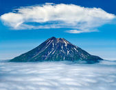 Fuss Peak Volcano, Paramushir Island, Kuril Islands, Russia — Stock Photo