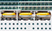 The main deck with lifeboats on the cruise ship — Stock Photo