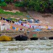 Washing clothes in the Ganges River — Stockfoto