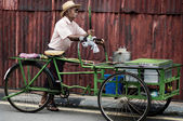 A Street vendor  in George Town, Malaysia. — Stock Photo