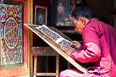 Nepalese artist  creates mandala painting — Stock Photo