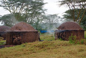 African hut for the production of charcoal, Kenya — Stock Photo