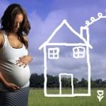 Beautiful Multiracial Woman, 8 Months Pregnant (3) — Stock Photo