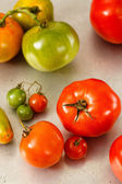 Red And Green Homegrown Tomatoes — Stock Photo
