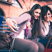 Happy girls take a selfie — Stock Photo