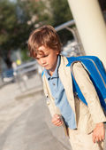 Portrait of schoolboy with  backpack — Stock Photo