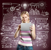 идея концепция предприниматель с сенсорной панели — Стоковое фото