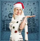 Frau warten auf weihnachten — Stockfoto