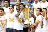 Singha All Star's Team show the trophy — Stock Photo