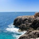 Turquoise rocky coast in mallorca balearic island — Stock Photo