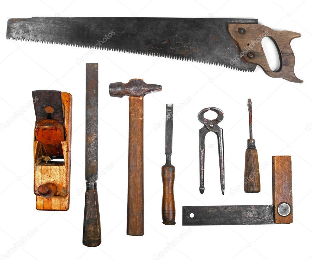Antiguas herramientas de trabajo aislados sobre fondo - Herramientas de campo antiguas ...