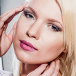 Beautiful blond women whith natural clean skin — Stock Photo