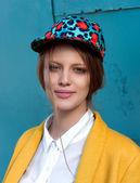Fashion model outdoor portrait — Stock Photo