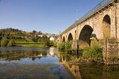 Bridge of Ponte da Barca, ancient portuguese village, on Minho r — Stock Photo