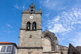 "Church of ""Nossa Senhora da Oliveira"" in Guimaraes city, Portuga — Stock Photo"