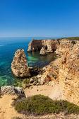 在拉各斯,阿尔加维,葡萄牙 marinha 海滩 — 图库照片