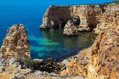 пляжа маринха в лагоа, в алгарве, португалия — Стоковое фото