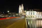 Fraumunster Church and River Limmat in Zurich at night — Stock Photo